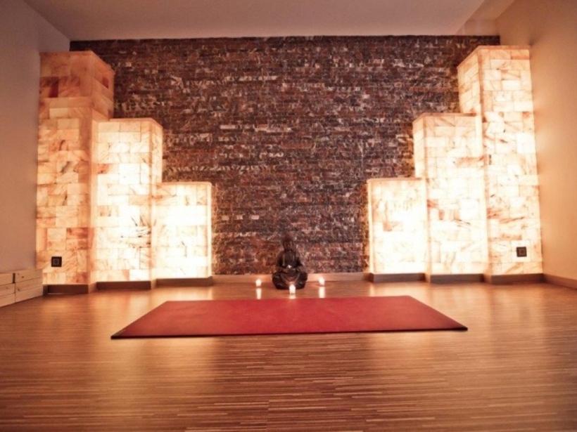 Зал для Йоги