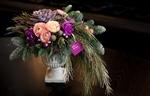 Стоимость композиции с вазой - 6000 рублей