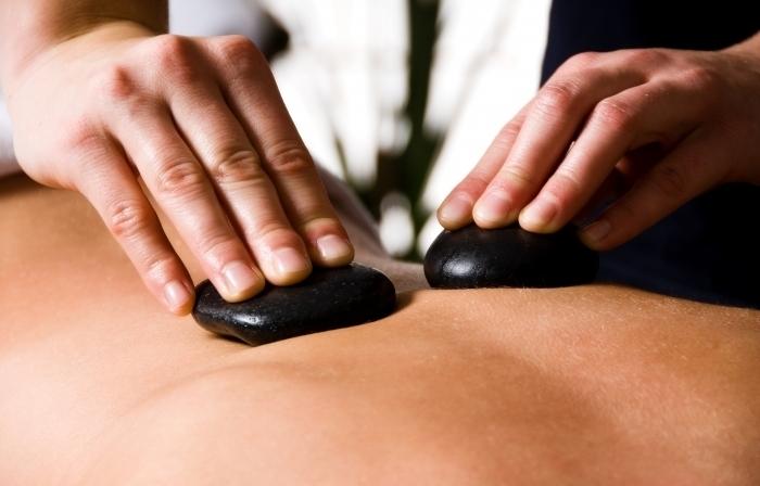 Массаж горячими камнями (стоун терапия)