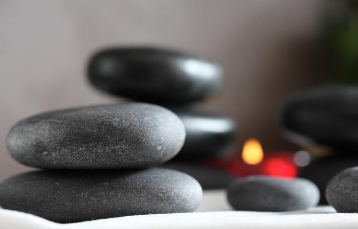 Массаж моделирующий горячими камнями (стоун терапия)