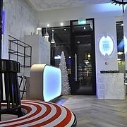 салоны красоты на метро Театральная