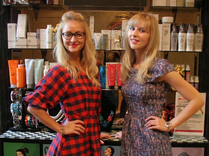 Яна Бихузина, топ-стилист салона Идеаль(слева) и Анна Непомнящих, Royal Beauty(справа)